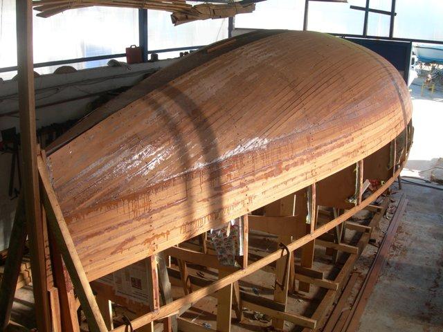 Carolina 24 una piccola classica tutta italiana for Piani di coperta in legno
